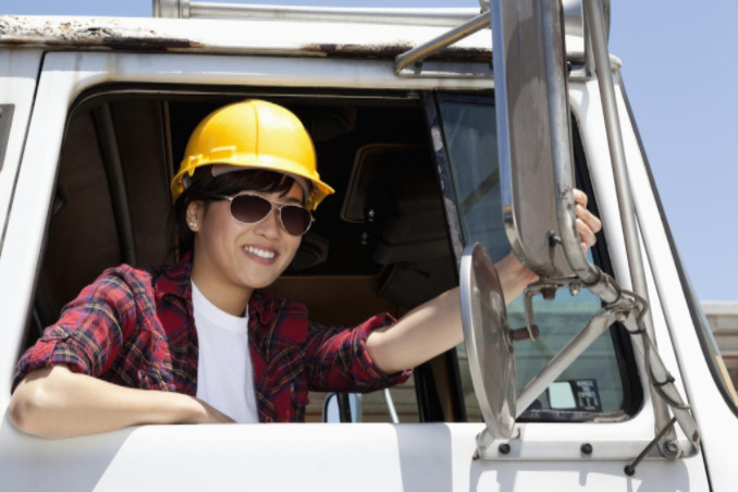 Female truck driver; Lawteryx Personal Injury & Accidents Blog