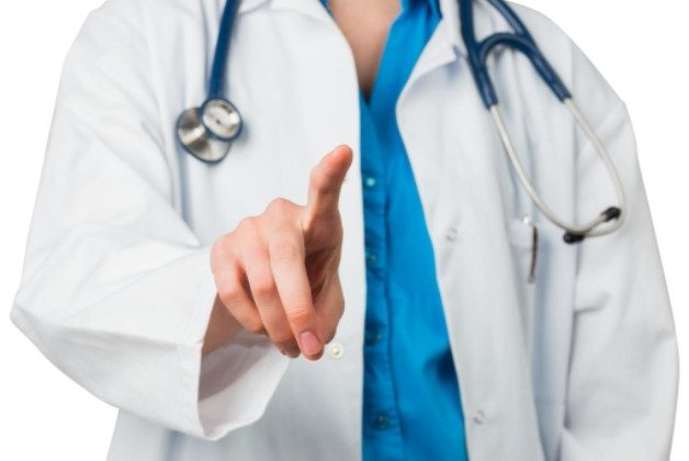 Do Physicians Blame Others in Medical Malpractice Lawsuits?
