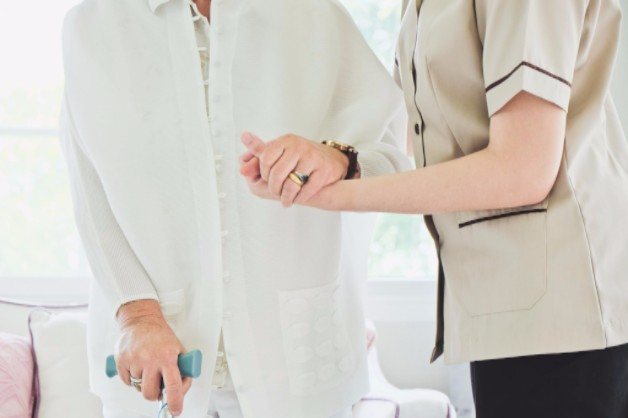 Recognizing 6 Common Signs of Nursing Home Abuse